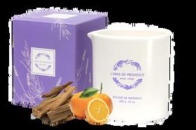 L'Amie de Provence naturalna świeca do masażu o zapachu drzewa sandałowego i pomarańczy (santal orange).